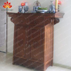 Bát hương trên bàn thờ được đặt như thế nào cho hợp phong thủy? 2